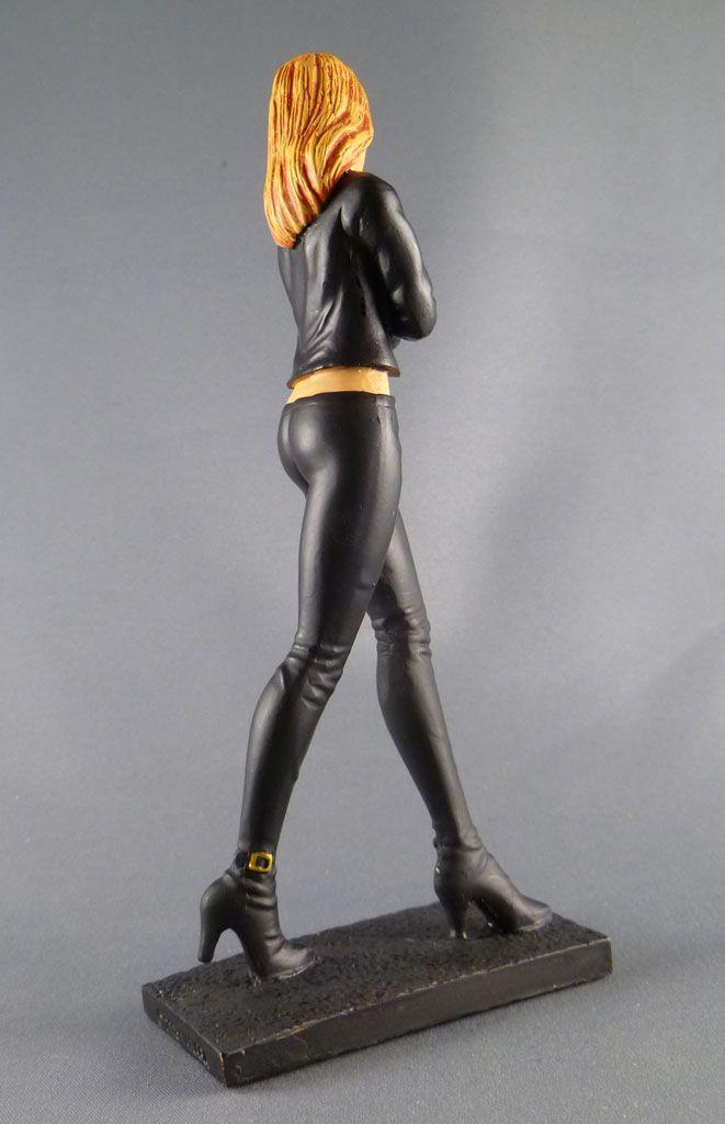 milo_manara___statuette_altaya_n__26___marcella_2