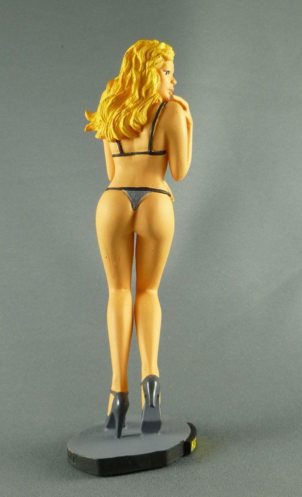 milo_manara___statuette_altaya_n__35___celia_3