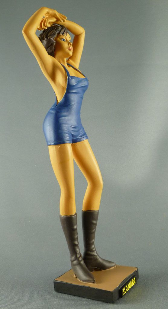 milo_manara___statuette_altaya_n__36___carolina_3