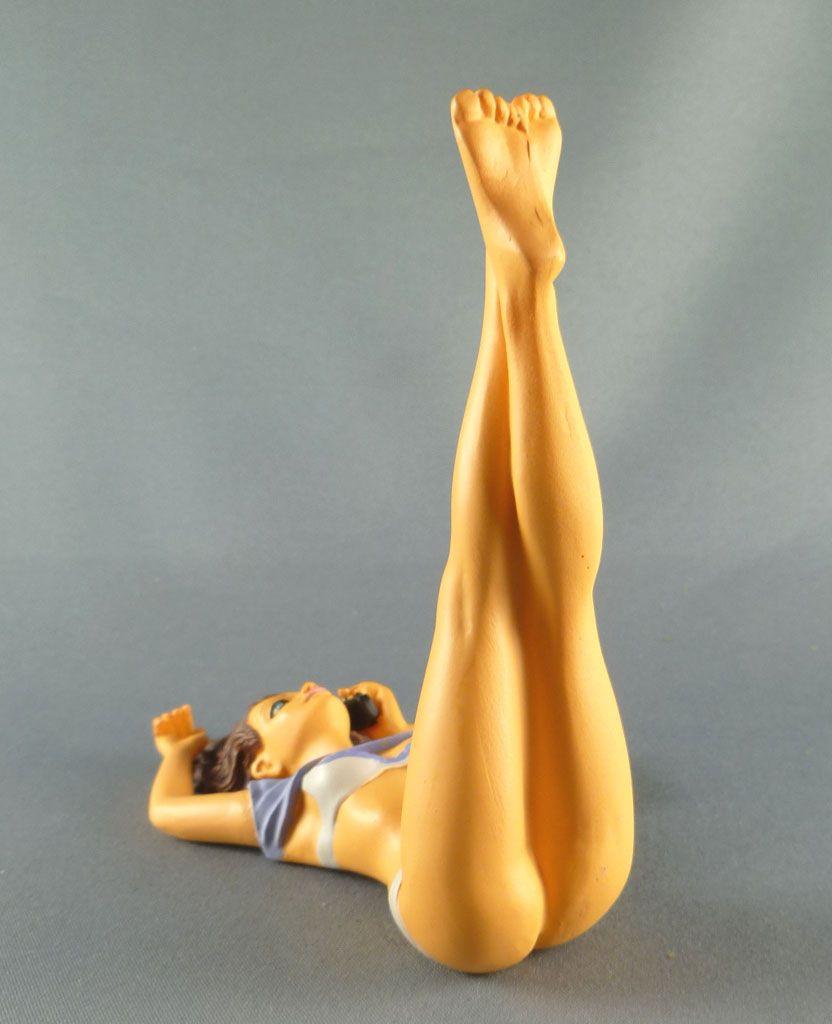 milo_manara___statuette_altaya_n__39___stella_2