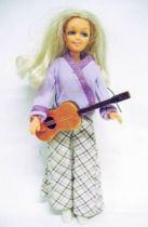 Miss \\\'\\\'Matchbox\\\'\\\' present the Disco Girls boutique - 11\\\'\\\' Doll - Hasbro