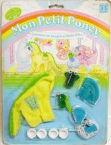 Mon Petit Poney - Hasbro France -  Garde Robe Mascotte de Bébé Poney - Costume de Dragon et Robe d\'été