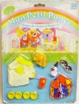 Mon Petit Poney - Hasbro France -  Garde Robe Mascotte de B�b� Poney - Tenue de clown et Peignoir