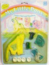 Mon Petit Poney - Hasbro UK -  Garde Robe Mascotte de Bébé Poney - Costume de Dragon et Robe d\'été