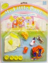 My Little Pony - Hasbro UK - Baby Wear with Pocket Pals - Clown Suit and Bathrobe