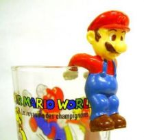 Nintendo Universe - Mario Bros. - Kellogs PVC Figure - Mario (hang glass by back)