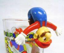 Nintendo Universe - Mario Bros. - Kellogs PVC Figure - Mario (hang glass by the legs)