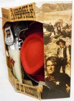 Panache Blanc - Cowboy Child Costume (red) - Mackenna\'s Gold (Carl Foreman\'s production starring Gregory Peck, Omar Sharif, Te