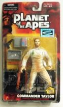 Planet of the apes - Hasbro Signature series - Commander Taylor (Mint on Card)