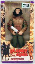 Planet of the apes - Hasbro Signature series - Cornelius 12 inches (Mint in Box)