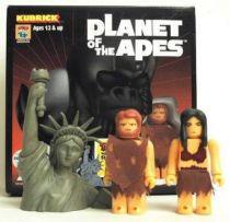 Planet of the apes - Medicom Kubrick - Taylor &  Statue of Liberty w/ Nova & stallion