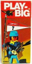 Play-Big - Ref.5863 Federation Soldier flag-bearer