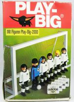Play-Big 2000 - Ref.5905 Les joueurs de football (Fussball-Set)