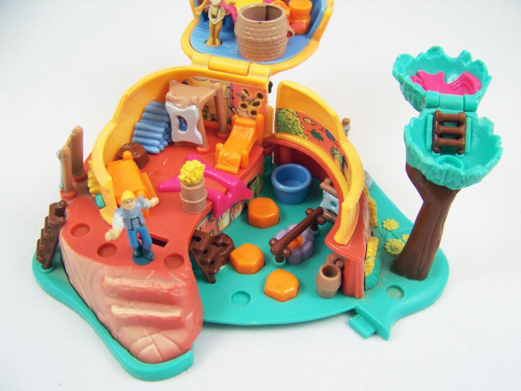 Polly Pocket - Bluebird Toys 1995 - Disney\'s Pocahontas Powhatan Home (occasion) 03
