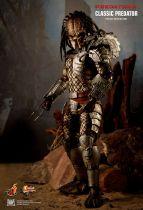 Predators - Classic Predator - Figurine 35cm Hot Toys MMS 162