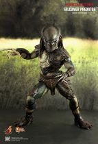 Predators - Falconer Predator - Figurine 35cm Hot Toys MMS 137