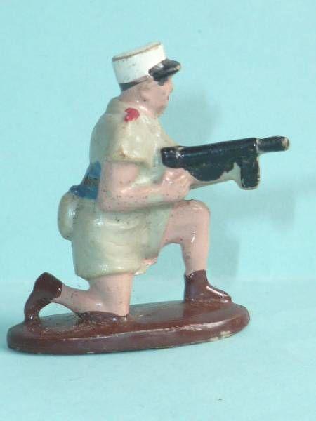 Quiralu Plastic - Modern Army - Legionary firing mp kneeling