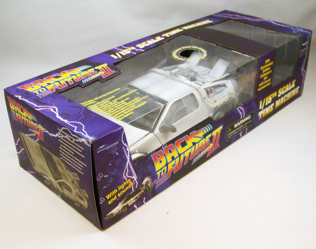 Diamond Select Toys Delorean 96
