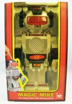 robot___new_bright_1985___magic_mike__robot_parlant__01