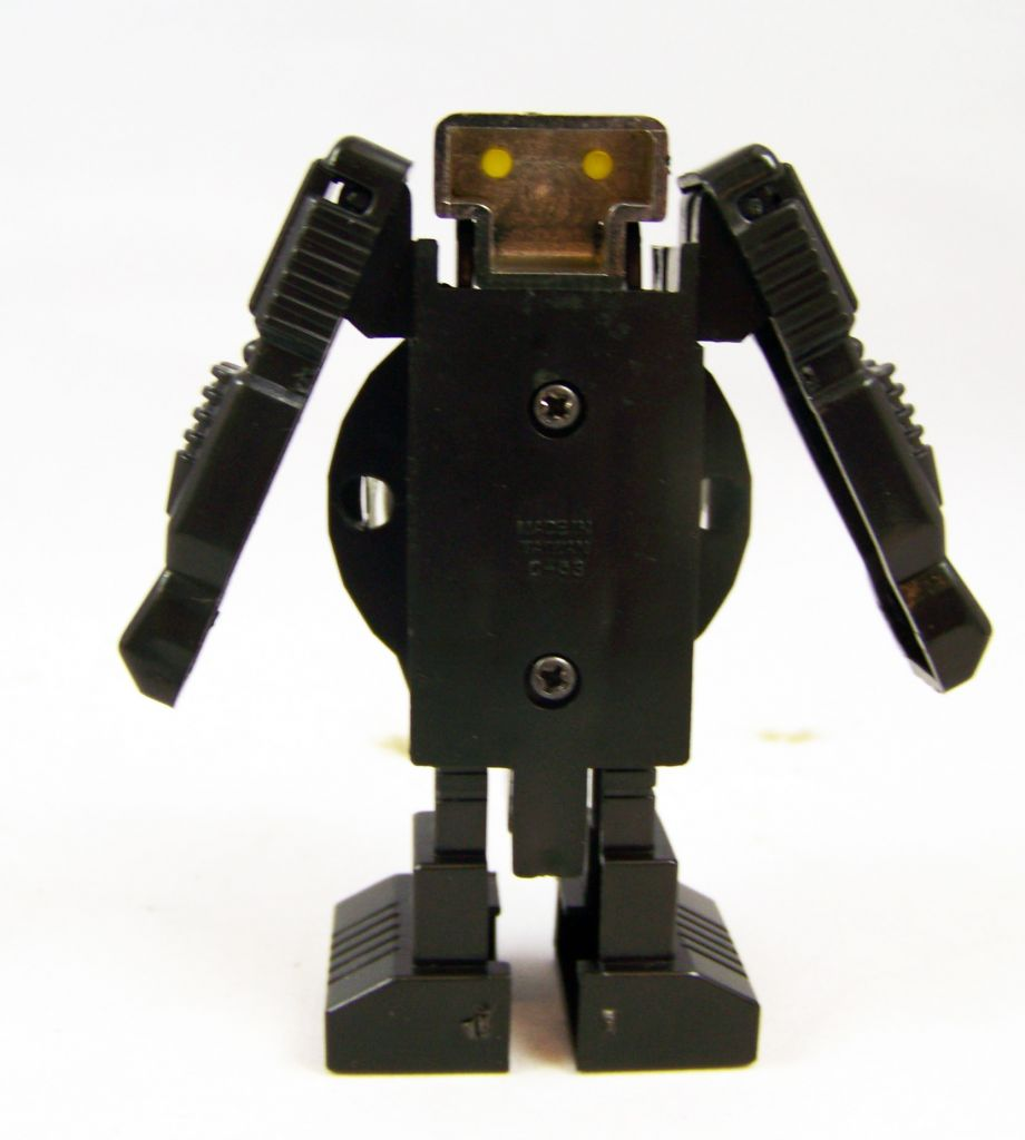 robot___robot_transformable___roulette_machine__select_toys__02