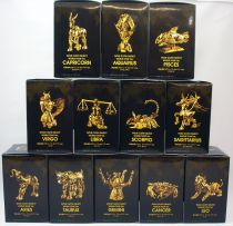 "Saint Seiya Myth Cloth Appendix - Gold Cloth Object \""10th World Tour Ver.\"""