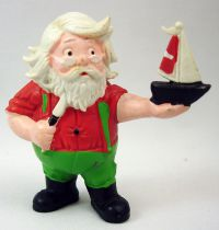 Santa and friends - Schleich PVC Figure - Santa with sailing ship model