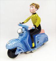 Scooter - Jouet mécanique en Tôle - Scooter Girl Bleu (Clock Work)