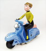 Scooter - Tin Toy Wind-Up - Scooter Girl Blue (Clock Work)