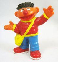 Sesame Street - Bully - Figurine PVC - Ernest avec sacoche