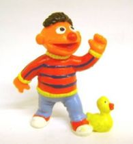 Sesame Street - Bully - PVC Figure - Ernie with duck