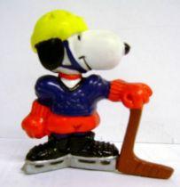 Snoopy - Schleich PVC Figure - Hockey player Snoopy