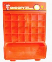 Snoopy - Wall Store Display for Schleich PVC Figures