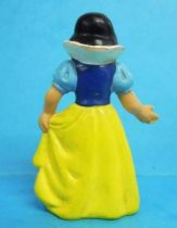 Snow White - Bully 1982 PVC figure - Snow White