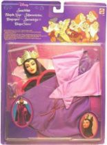 Snow White - Mattel - the Queen outfit for doll (mint in box)