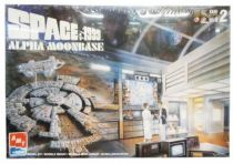 Space 1999 - AMT ERTL Model Kit - Moon Base Alpha
