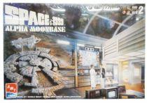 Space 1999 - AMT ERTL Model Kit - Moon Base Alpha