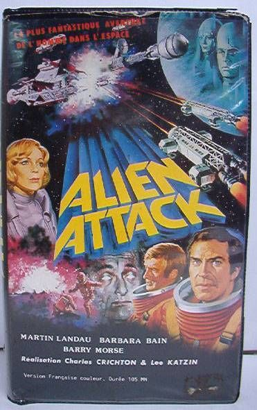 Space 1999 - VHS Video Tape (French Version) 105mm - \\\'\\\'Space 1999 - Alien Attack\\\'\\\'