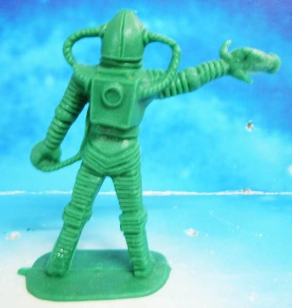 Space Toys - Comansi Plastic Figures - Alien #3 (green)