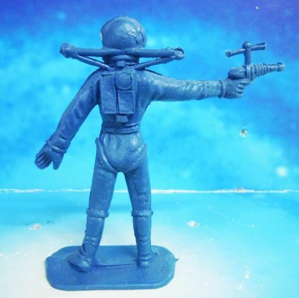 Space Toys - Comansi Plastic Figures - Astronaut #4 (blue)