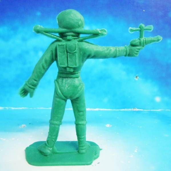 Space Toys - Comansi Plastic Figures - Astronaut #4 (green)
