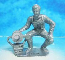 Space Toys - Comansi Plastic Figures - OVNI 2019: Astronaut (grey)