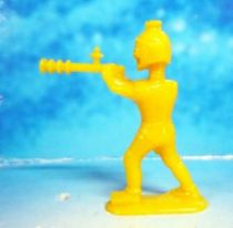 Space Toys - Plastic Figures - Captain Video\'s Spaceman (yellow) Lido Toy
