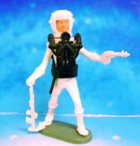 Space Toys - Plastic Figures - Cherilea Spacemen (White & Black) with weapons