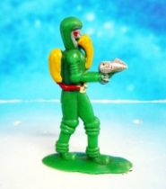 Space Toys - Plastic Figures - Outer Space Bazaar: Alien with Ray Gun