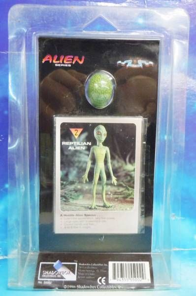 Space Toys - Plastic Figures - Reptilian Alien (Myth & Legends Miniatures Set #2)