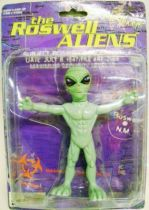 Space Toys - Plastic Figures - Roswell Aliens (Twist\'em Flex\'em) Street Players