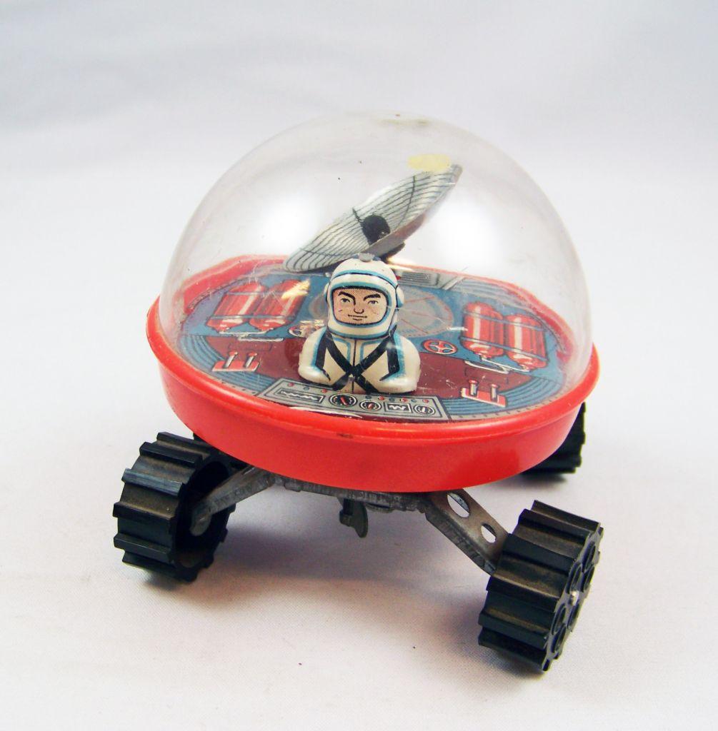Space Toys - Véhicule à remonter en tôle - Lunar Buggy (Russie 1970\'s) 01