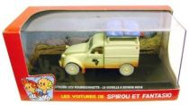 Spirou - Atlas Edtions Vehicle - Light Van Citroën 2CV from Gorilla\\\'s in Good Shape (Mint in box)