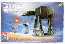 Star Wars - AMT/ERTL Snapfast Wind-Up Action Walker - AT-AT