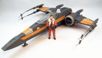 Star Wars - The Force Awakens - Poe Dameron\'s X-Wing Fighter (loose)